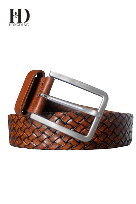 braided belt in imitation leather with a metal buckle